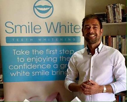 anuncio teeth whitening . amazing offers